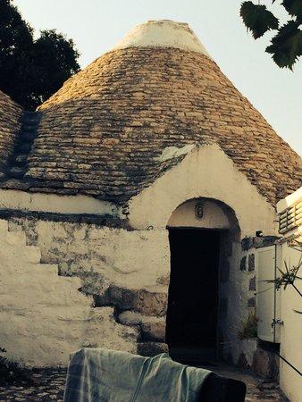 Agriturismo Masseria Ferri: Entrata del trullo