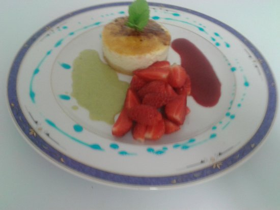 Le Cap : Chibouste revisité aus Spéculoos,farandole de fraises de st potan