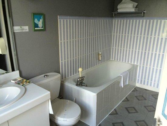 Hotel Dormy House : Salle de bain