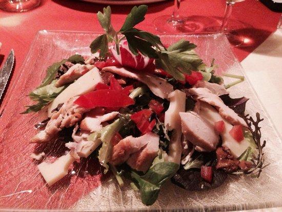 Le Ticino : Salade avec poulet grillée