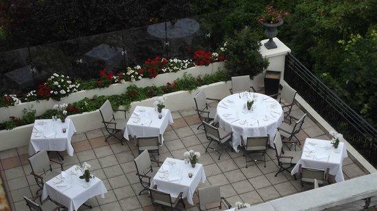 Pavillon Henri IV : la terrasse