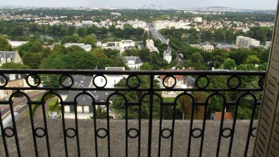 Pavillon Henri IV : la vue de la chambre