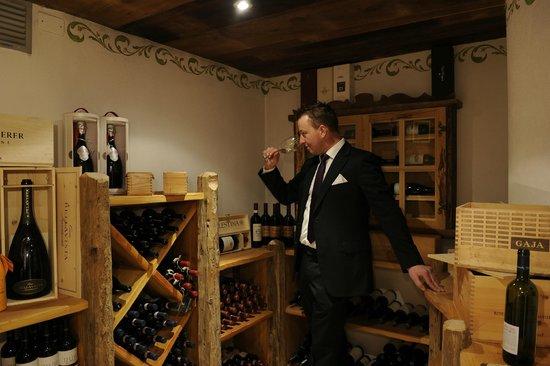 Alpstyle Hotel Albolina: cantina vini