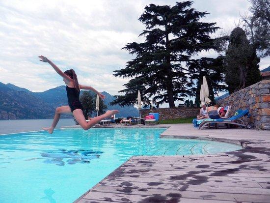 Bellevue San Lorenzo: Running jump