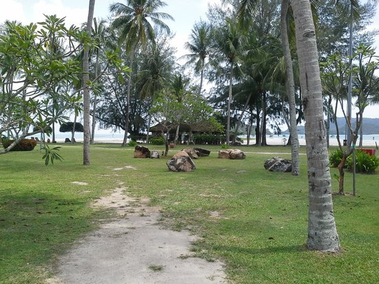 Meritus Pelangi Beach Resort & Spa, Langkawi: View of beach
