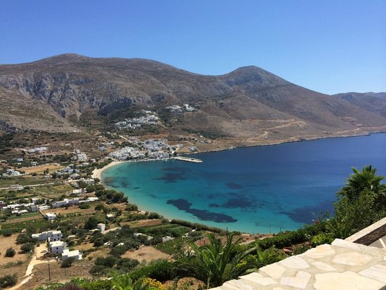 Lakki Village: De baai van Aegiali
