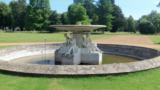 Wrest Park: Round Pond and Site of the Old House.