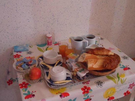Hotel Residence Les Flots : Petit déjeuner pour 2 pers