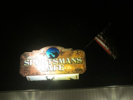 Steve's Sportmans Cafe : Sign