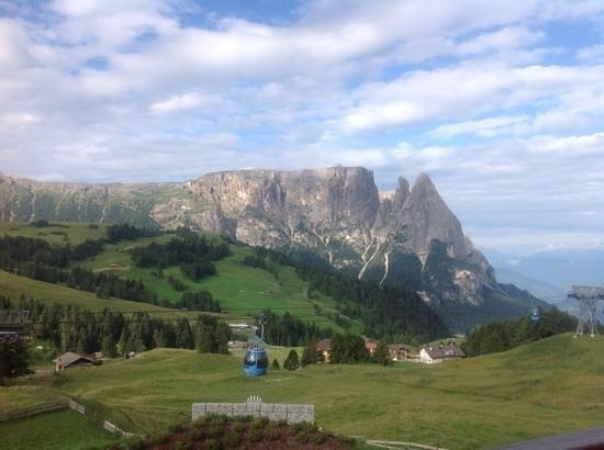 Alpina Dolomites: vista dalla camera