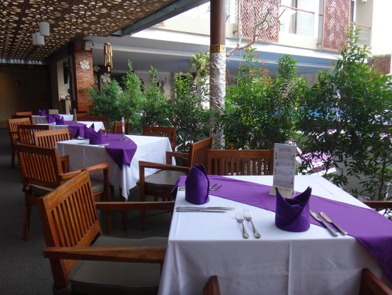 Hotel Horison Seminyak: Breakfast / Dining area