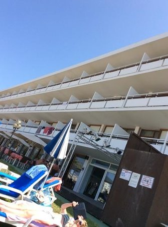 Hotel Arenal: Fachada
