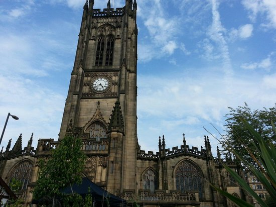 Jurys Inn Manchester : Manchester Cathedral