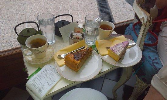 Amelie : Яблочный торт и торт Амели