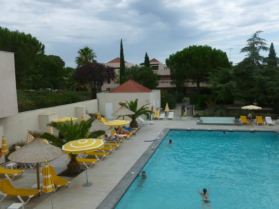 Hotel de Massane : La piscine