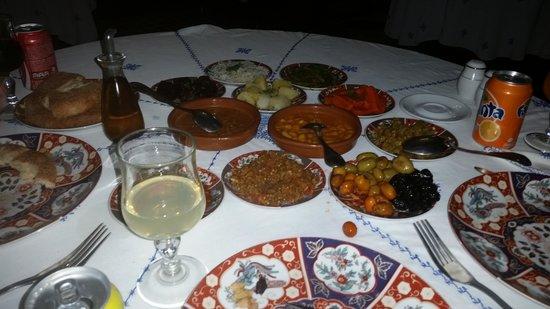 Restaurant dar hatim: starters