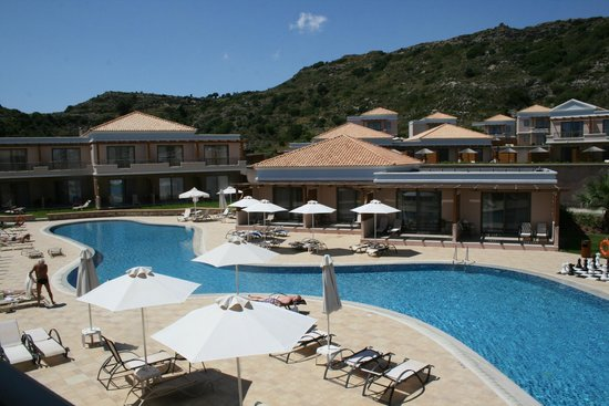 La Marquise Luxury Resort Complex: vue de la suite junior balcon vue piscine section adulte