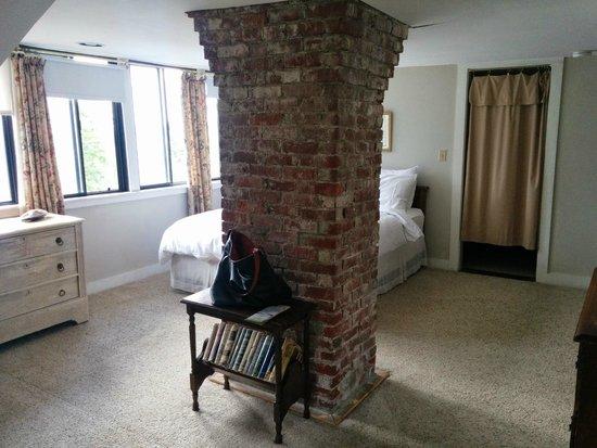The Manor Inn : room