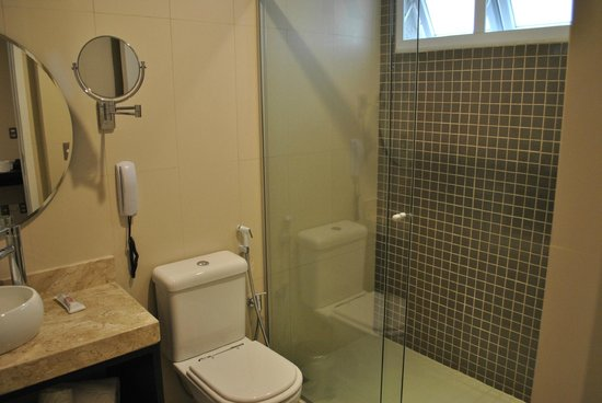 Arosa Rede Rio Hotel : Banheiro