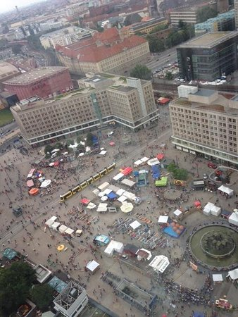 Park Inn by Radisson Berlin Alexanderplatz : view from our room 32 floor