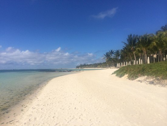 Ambre Resort - All Inclusive: Beach