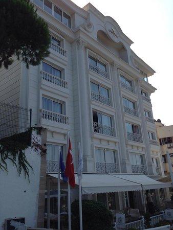 La Boutique Hotel Antalya : Front Side