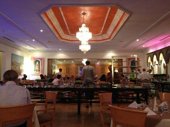 Royal Mirage Fes: sala de refeições