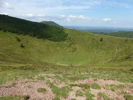 Parc naturel régional des Volcans d'Auvergne : Vue du Puy du Pariou