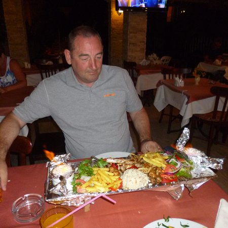 Sahin Palace: Me getting ready to tackle the mixed grill