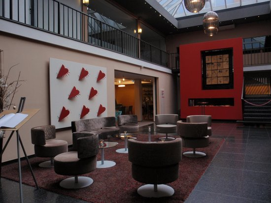 Hotel Viennart am Museumsquartier: Hall del hotel