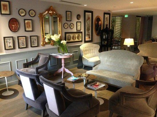 La Maison Favart: Hall/lobby