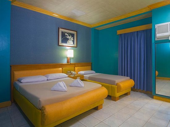 Nature's Pensionne: Executive Rooms are spacious and can fit 3 people to no extra charge