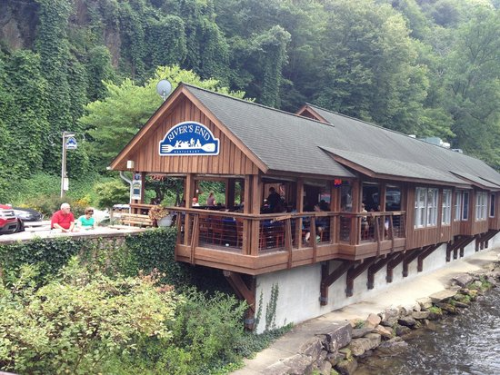 """Nantahala Outdoor Center : Eat the """"Sherpa"""" here after rafting!"""
