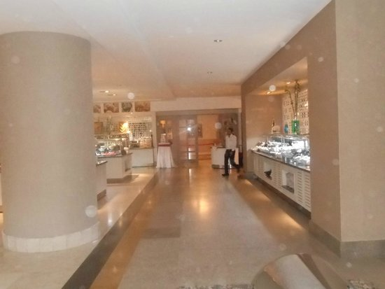 Side Crown Palace: resto