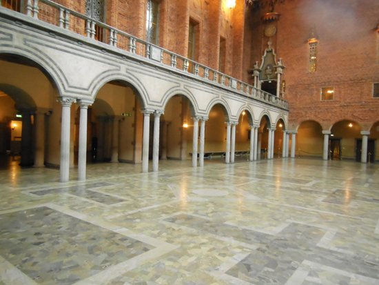 Ayuntamiento: The Blue Hall is the place where the Nobel dinner takes place