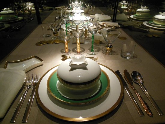 Ayuntamiento: An exhibit of place settings from the Nobel Dinner