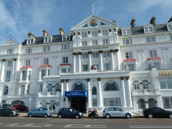 Best Western Royal Victoria Hotel: The Royal Victoria, street view