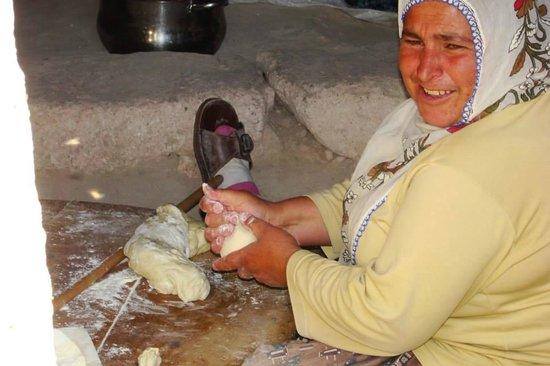 Cappadocia Akkoy Evleri Caves : cooking