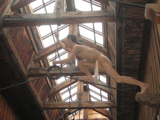 Abashiri Prison Museum: 脱獄者発見!!