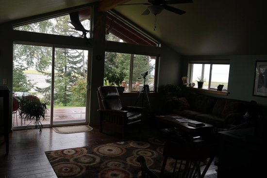Bay Avenue Bed and Breakfast: Lounge