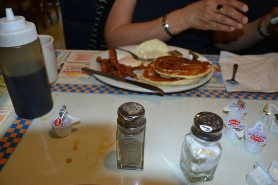 Tiger's II Family Restaurant: Breakfast pancakes