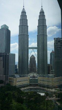 Traders Hotel, Kuala Lumpur : Day view