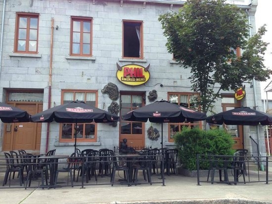 Phil Smoked Meat: Terrasse