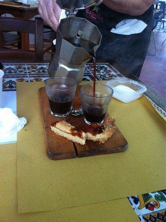 La rustica : Caffè servito come a casa!! Ottimo