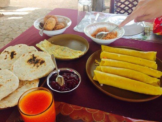 Sigiri Queens Rest Guest House: Petit déjeuner jour 1