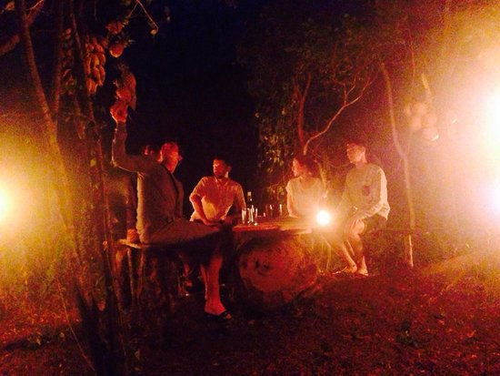 Sigiri Queens Rest Guest House: Soirée barbecue