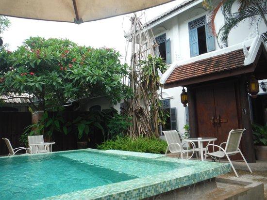 Villa Santi Hotel : plunge pool