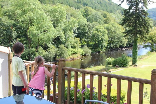 Craig-y-Dderwen Riverside Hotel: View from balcony
