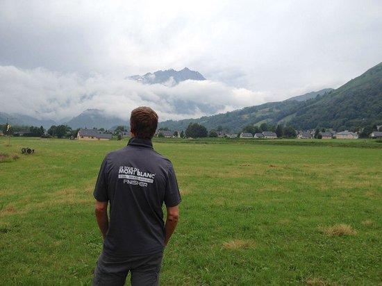 Camping Azun Nature : La vue vers les montagnes