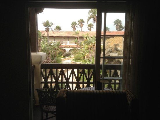 Embassy Suites by Hilton Mandalay Beach - Hotel & Resort: The view from our living room (not shown: waterfall)